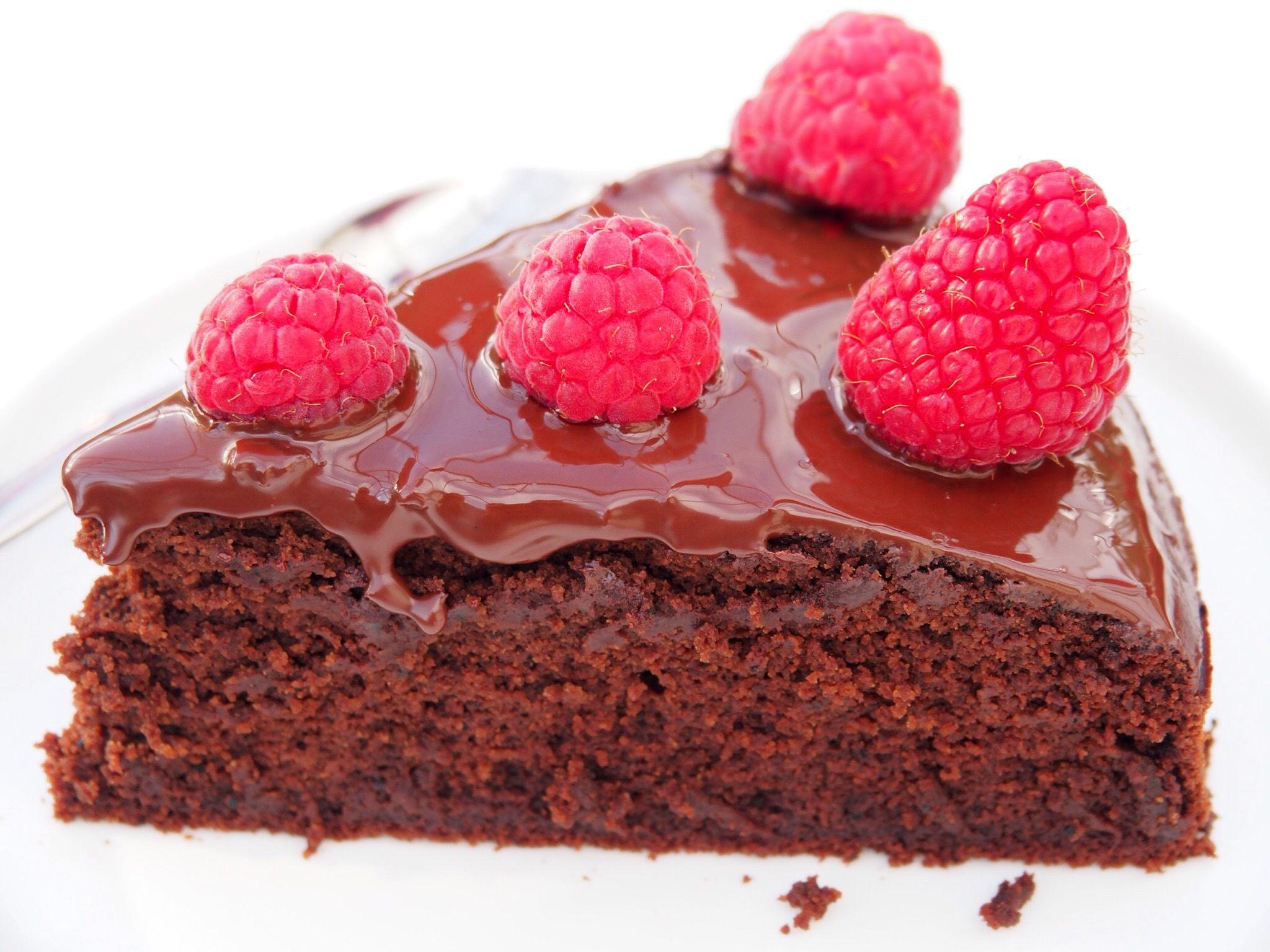 Vegan and Gluten-Free Chocolate Cake