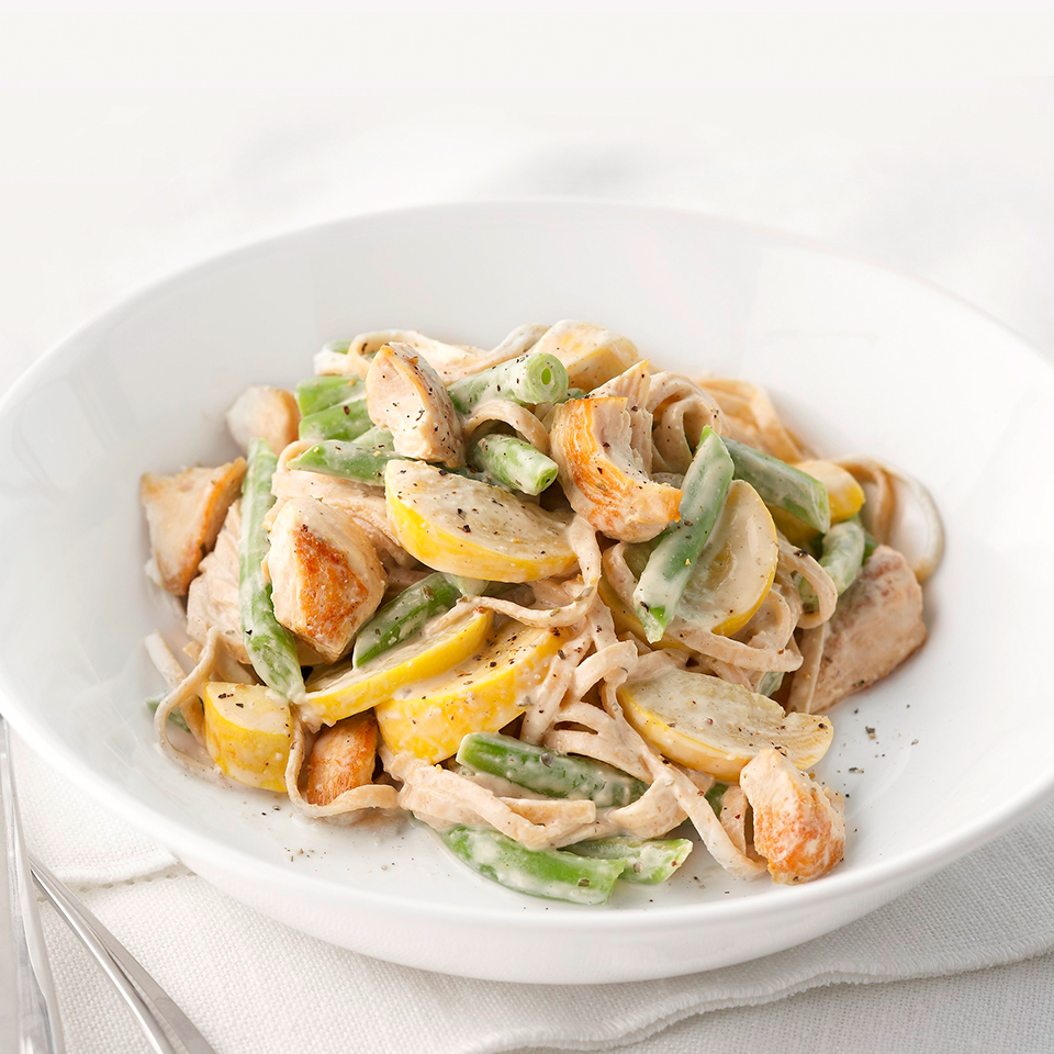 Chicken Fettuccine Alfredo with Summer Vegetables Diabetic Living Magazine