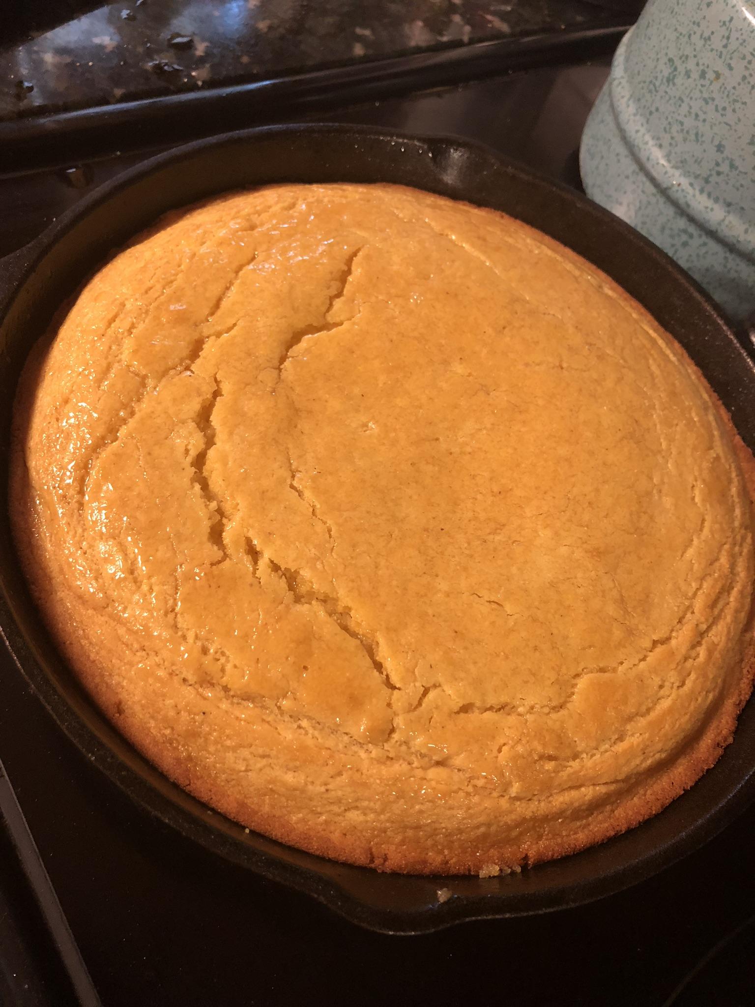 Sweet Cornbread Cake Cam