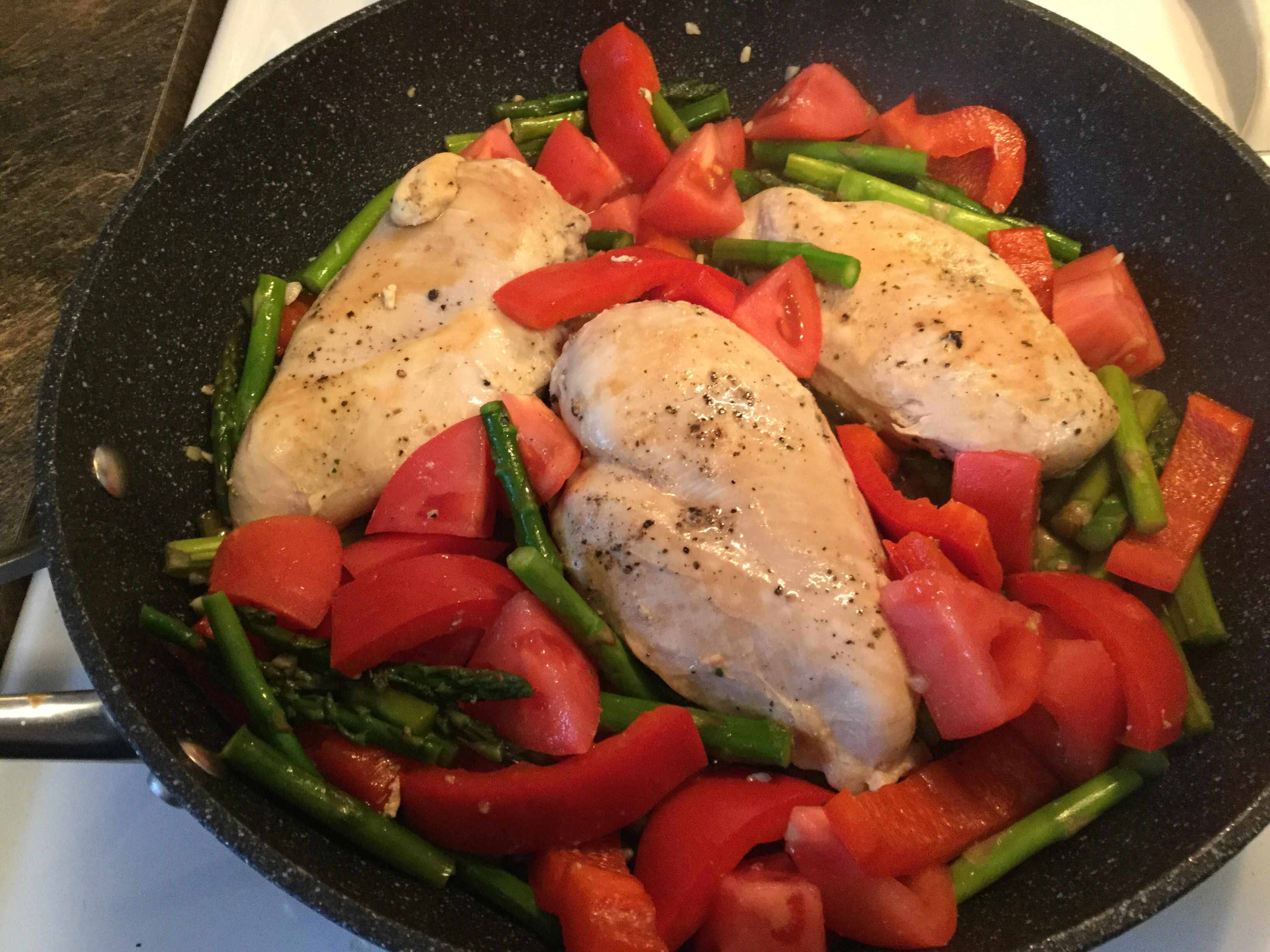 Chicken with Asparagus and Roasted Red Peppers