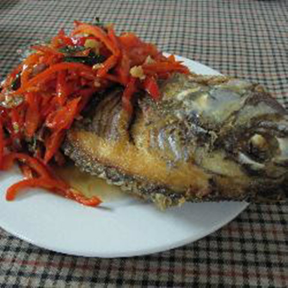 Whole Fish Fried with Basil and Chiles