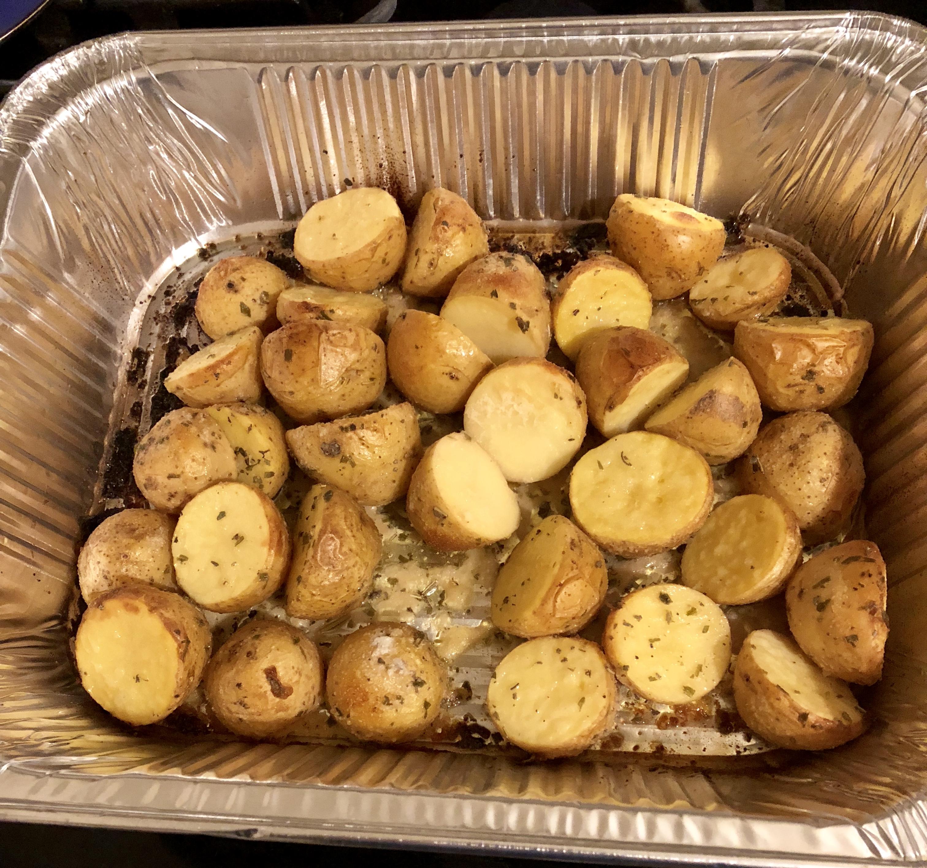 Garlic and Vinegar Roasted Potatoes ToffeeSmiles22
