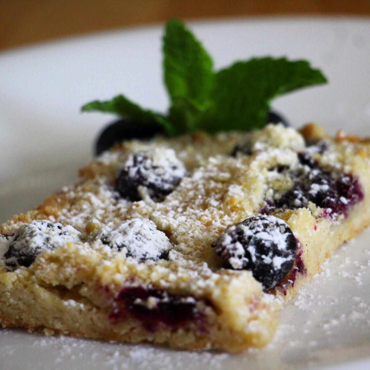 Blueberry Shortbread Bars jwalks80
