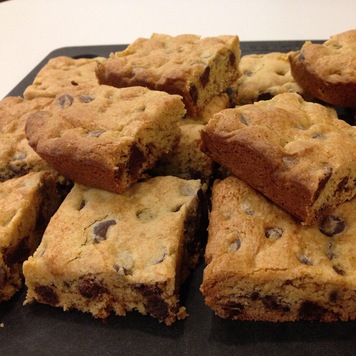 The Original Chocolate Chip Cookie Cake Recipe Allrecipes Com