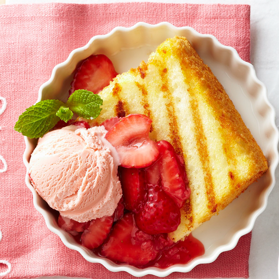 Warm cake topped with perfectly sweet strawberry sauce, what could be better? Source: Diabetic Living Magazine
