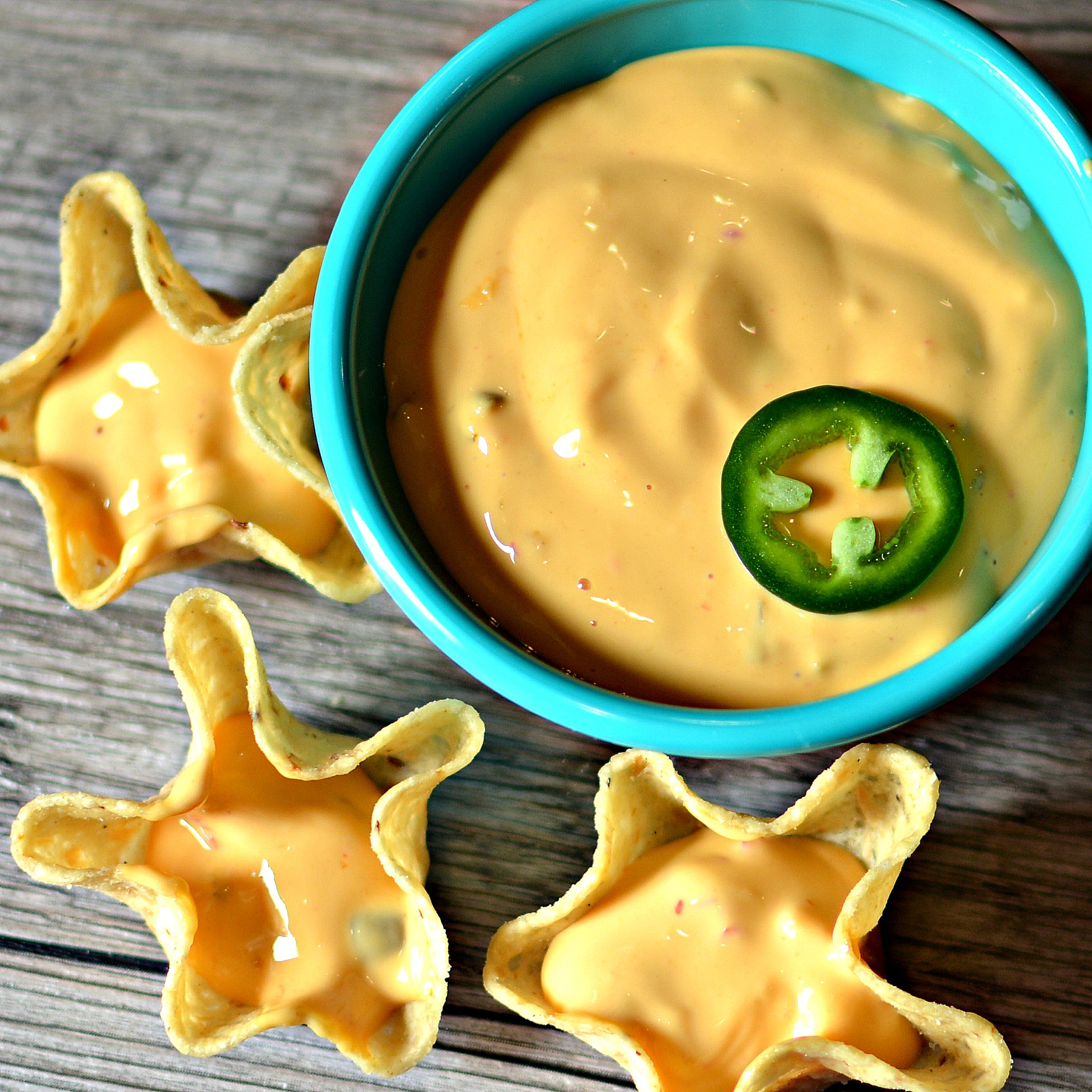 Nacho Cheese Sauce with Jalapeno bd.weld