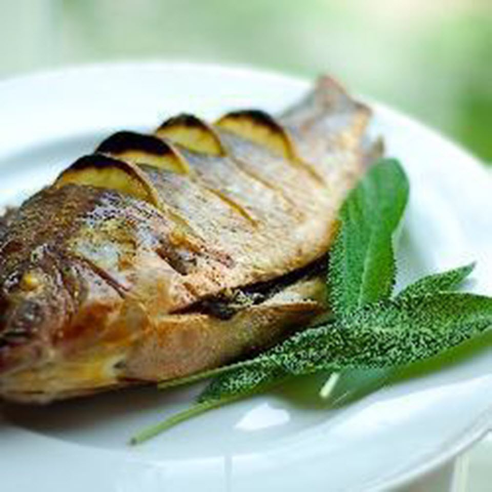 Herb-Stuffed Baked Trout nt_bella
