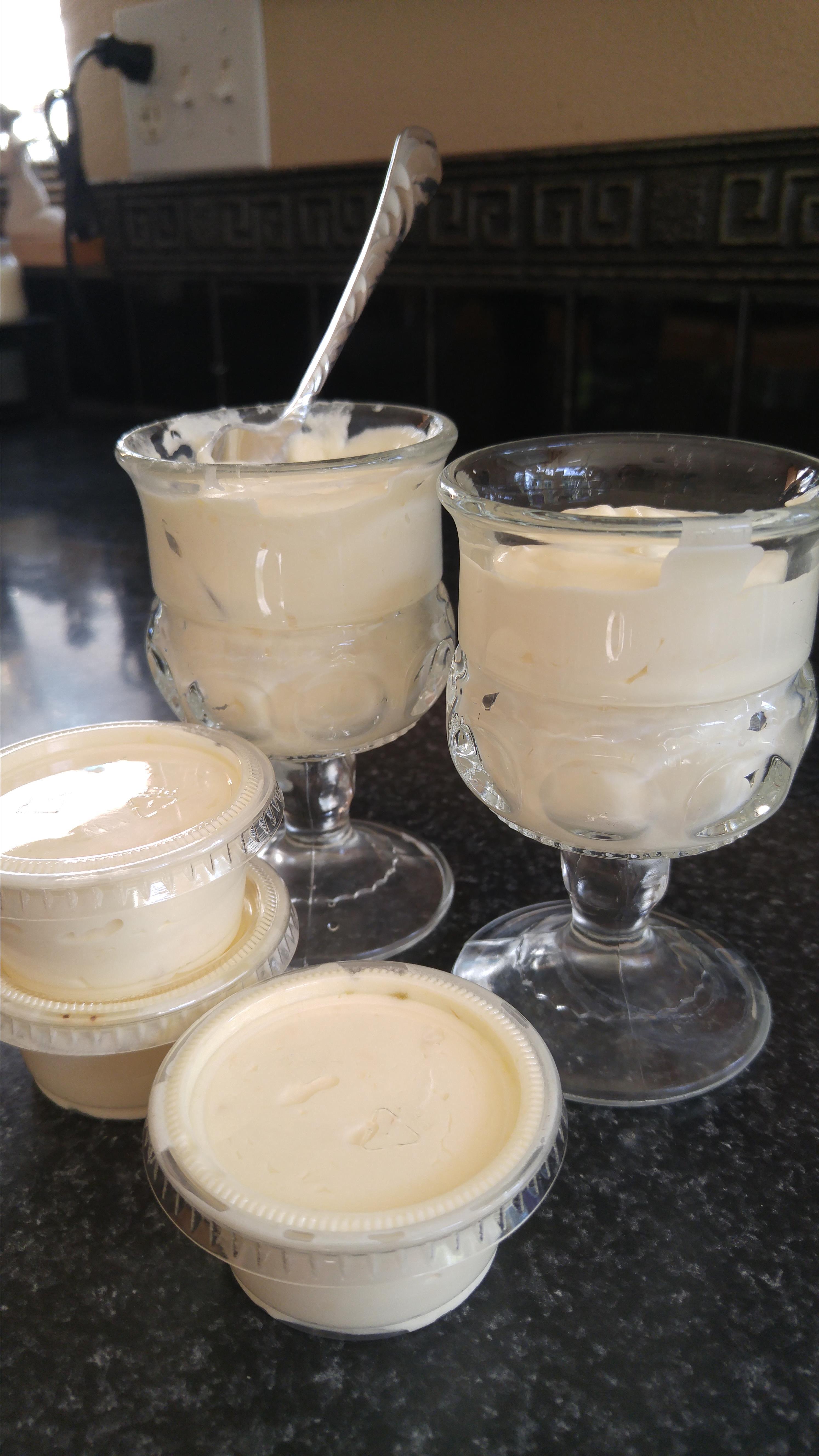 Pina Colada Pudding Shots! brykate