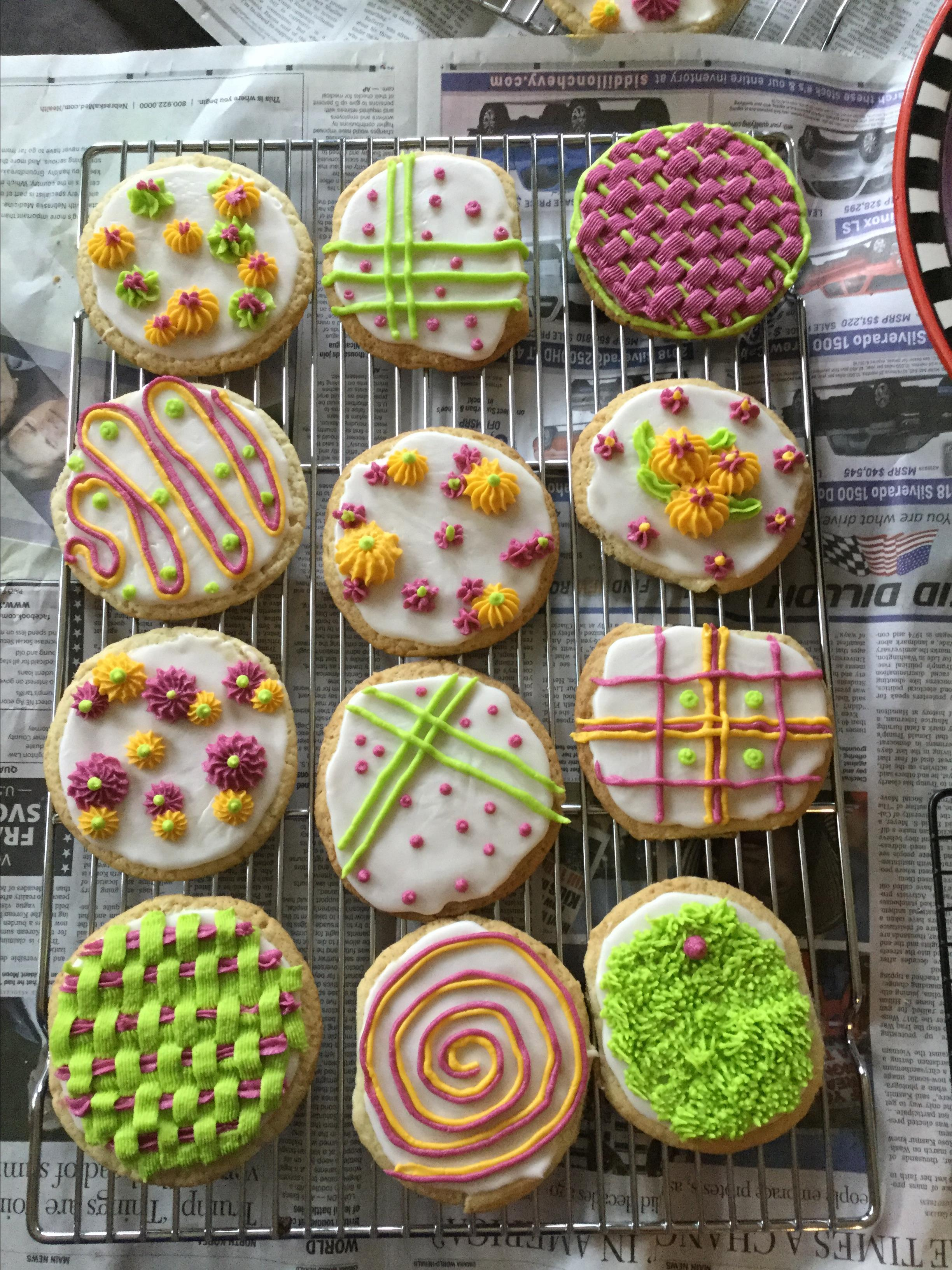 Perfect and Delicious Royal Icing Jami