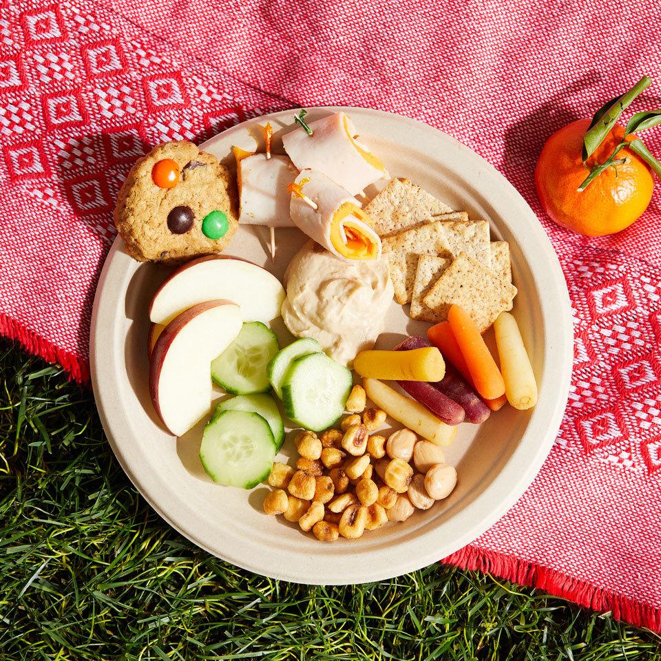 Turkey, Cheese & Veggie Plate Trusted Brands