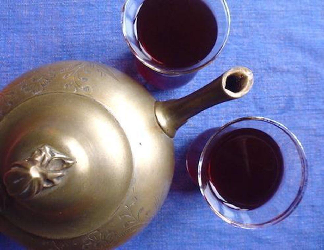 Karkadeh (Egyptian Hibiscus Iced Tea)