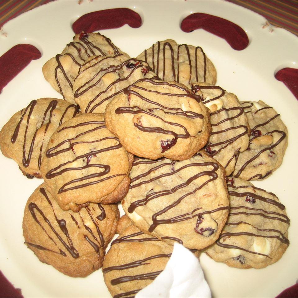 White Chocolate and Cranberry Cookies Sara S.