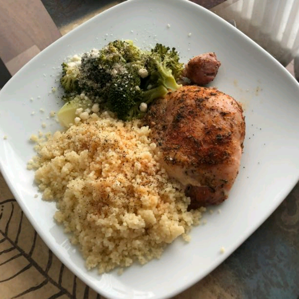 Crispy and Tender Baked Chicken Thighs CortnieHR