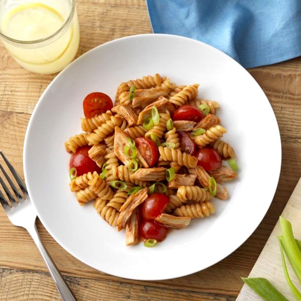 Weeknight BBQ Chicken and Pasta Barilla Canada