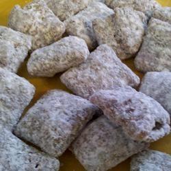 Chex® Muddy Buddies® -- Gluten Free! bhoneycutt