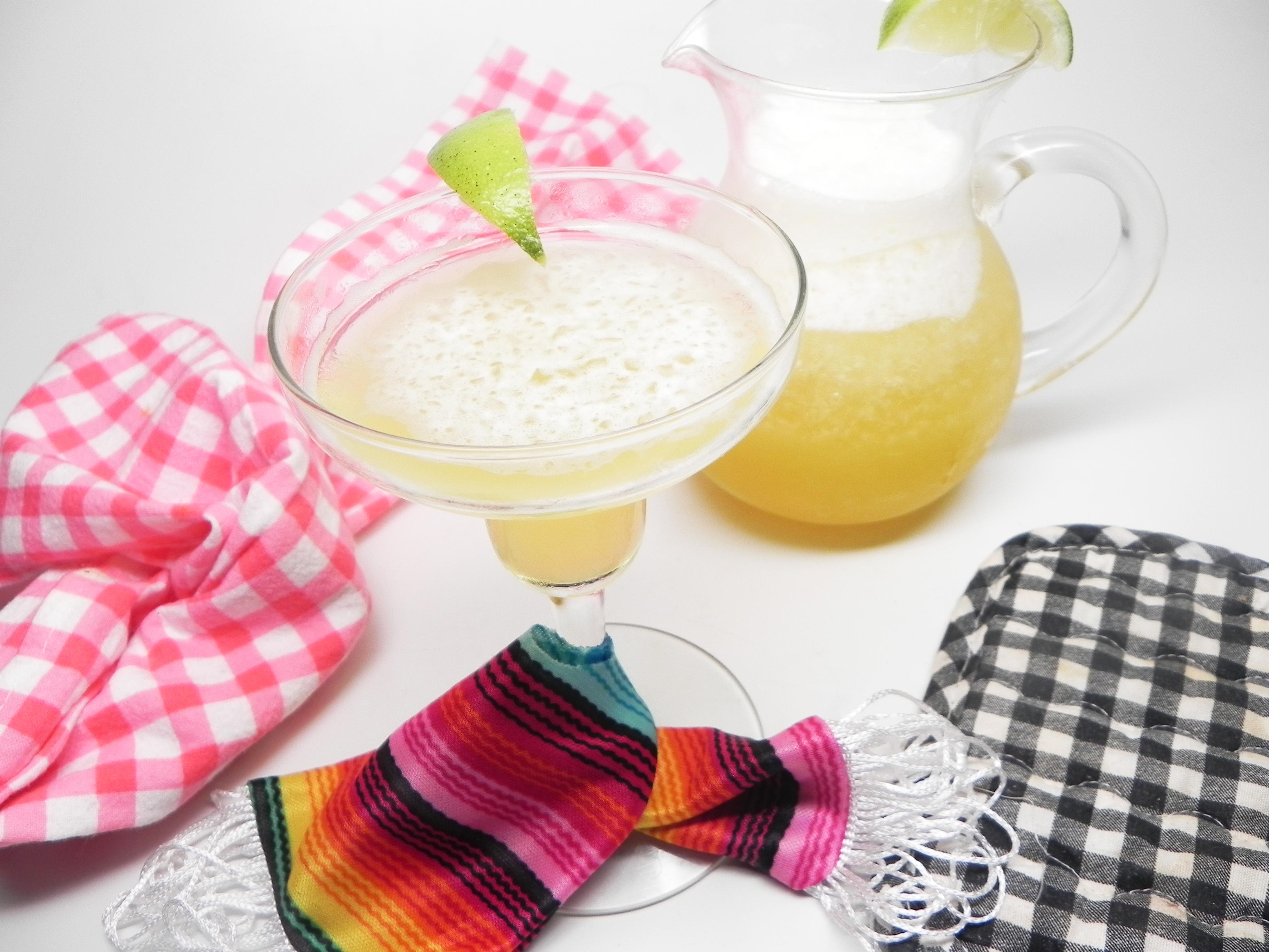 Quick and Easy Mango Margaritas