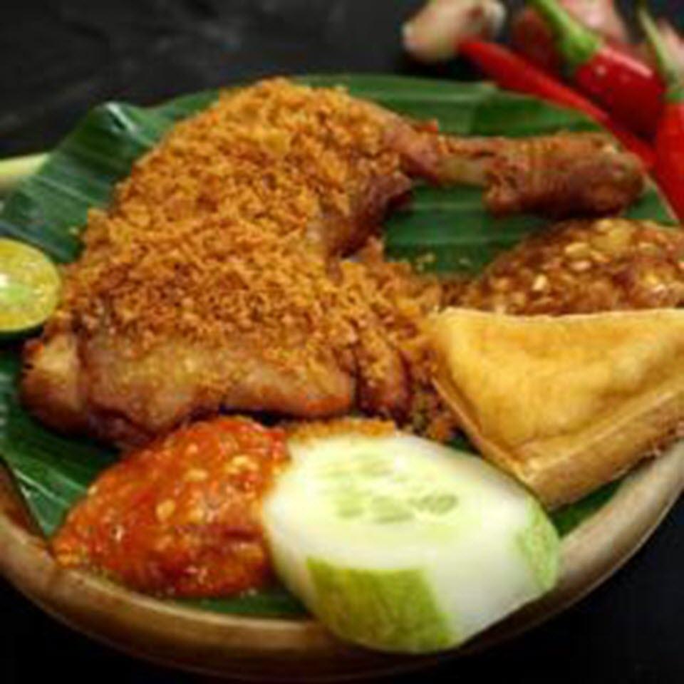 Ayam Penyet Pedas (Indonesian Spicy Penyet Chicken)