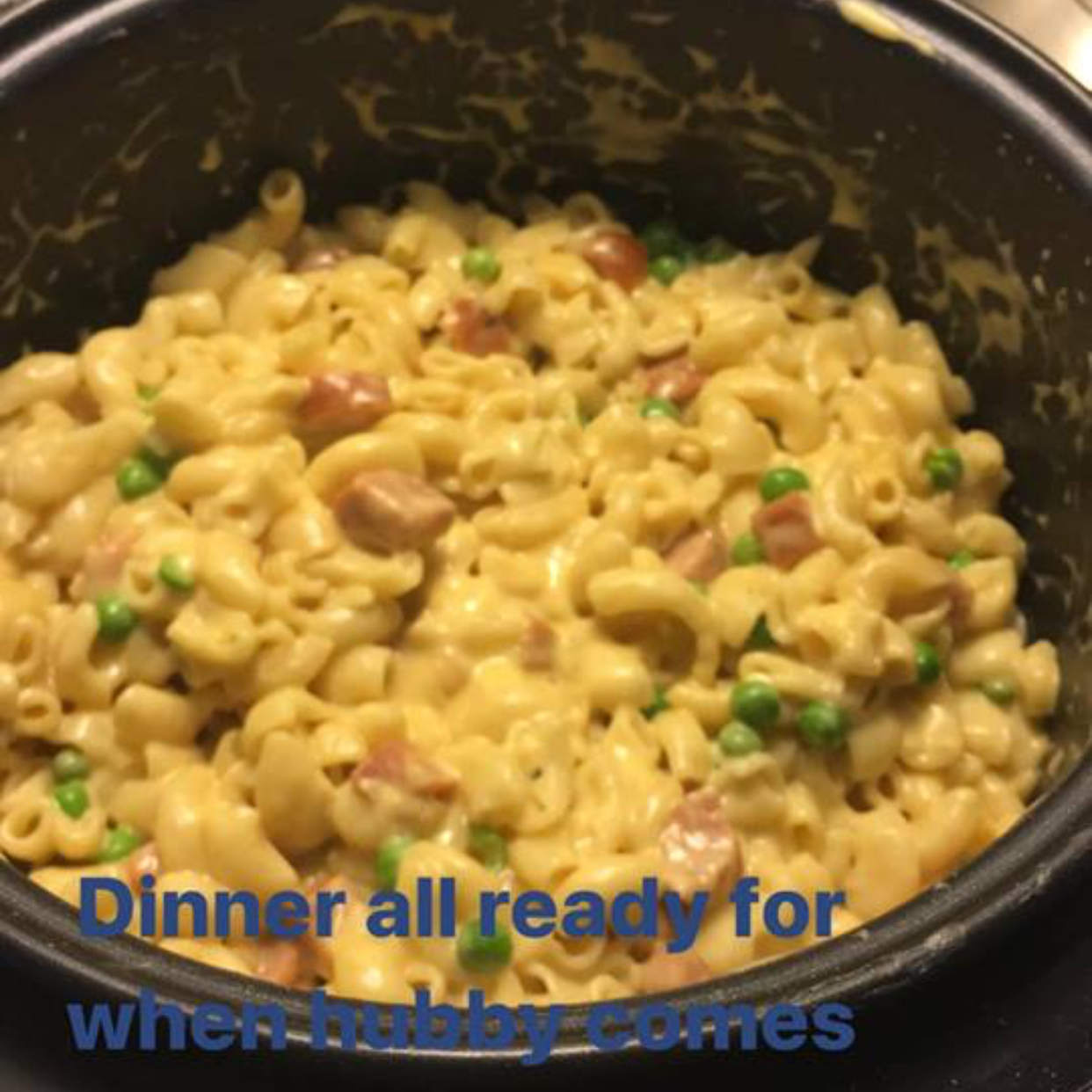 Instant Pot® Mac and Cheese with Ham and Peas