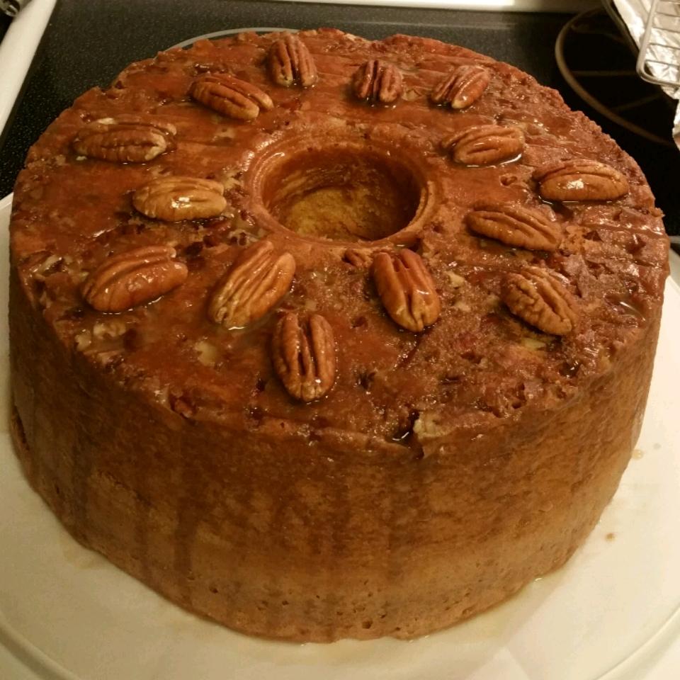 Pecan Sour Cream Pound Cake