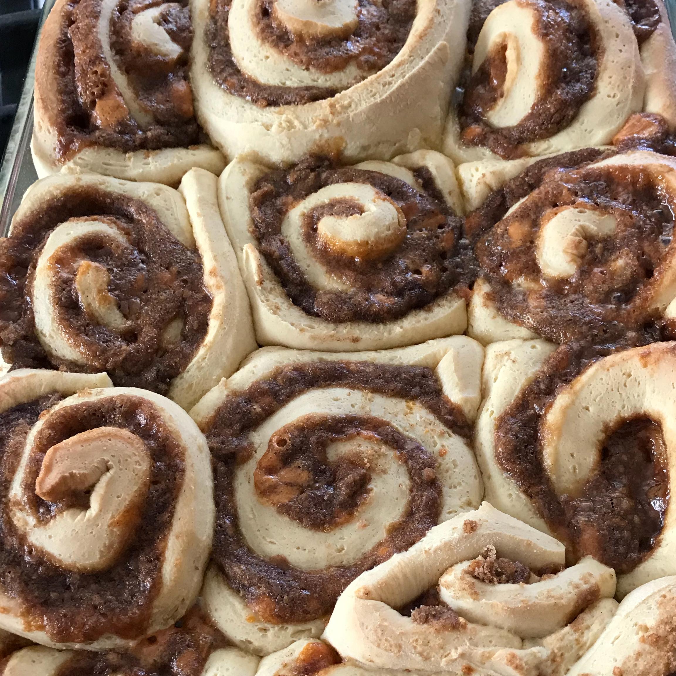 Soft, Moist and Gooey Cinnamon Buns