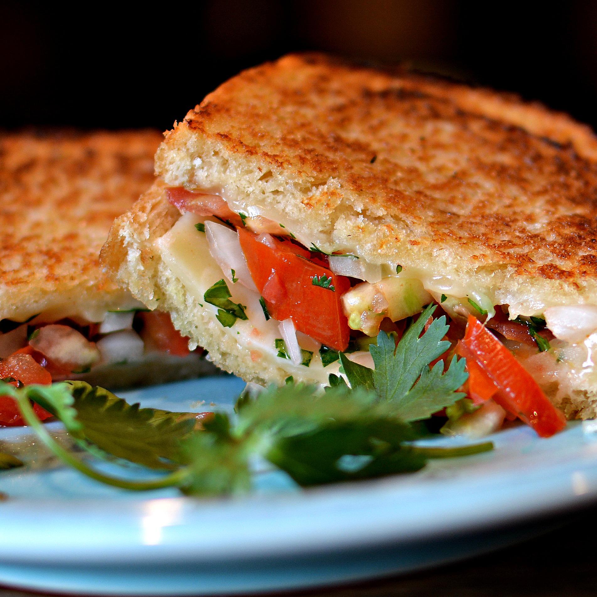 Pico De Gallo Grilled Cheese Sandwich bd.weld