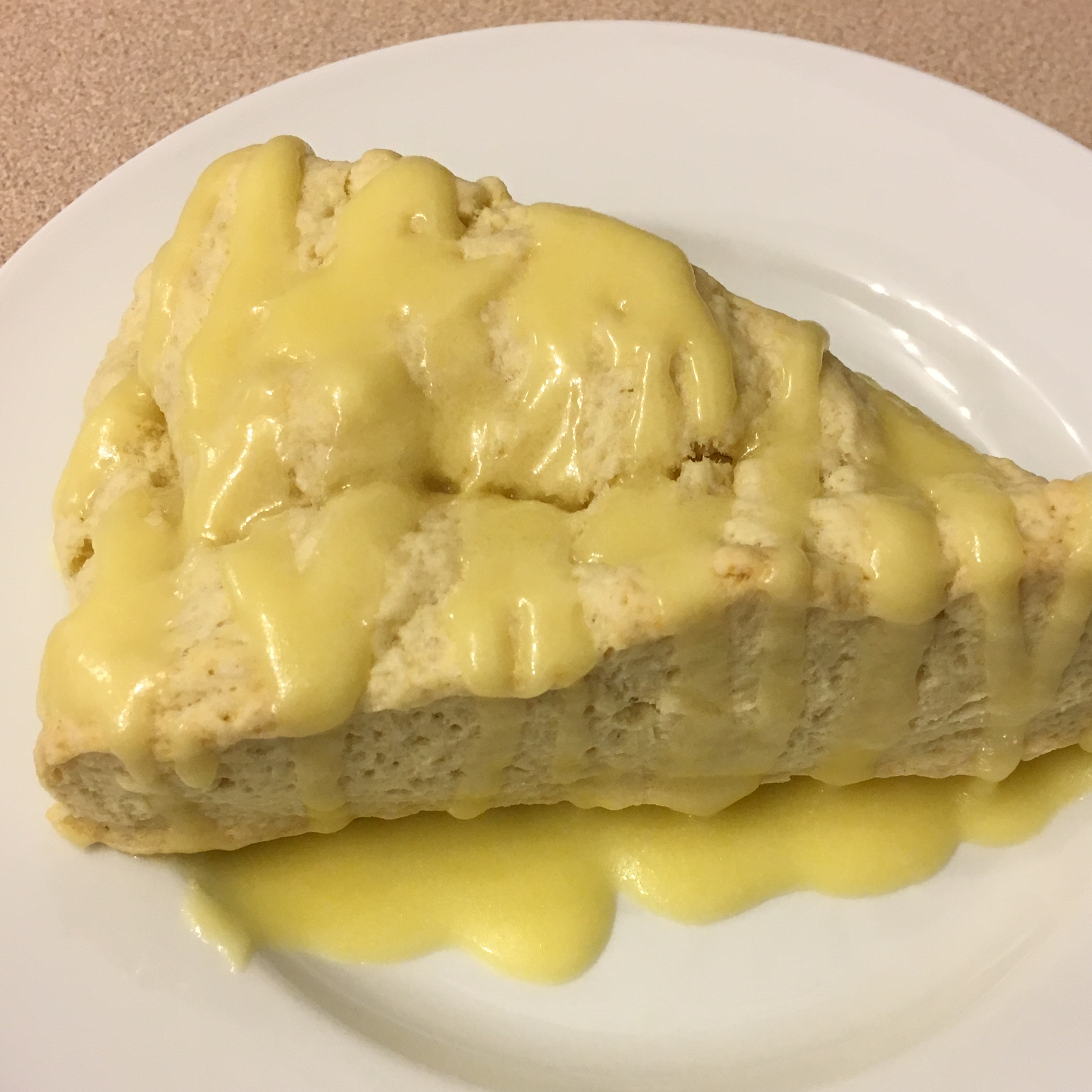 Amazing Lemon Scones karib