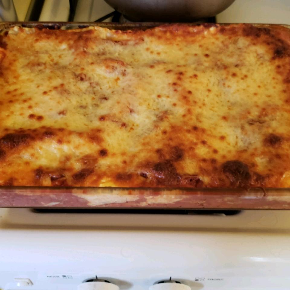 Linda's Lasagna Christopher Rosellen