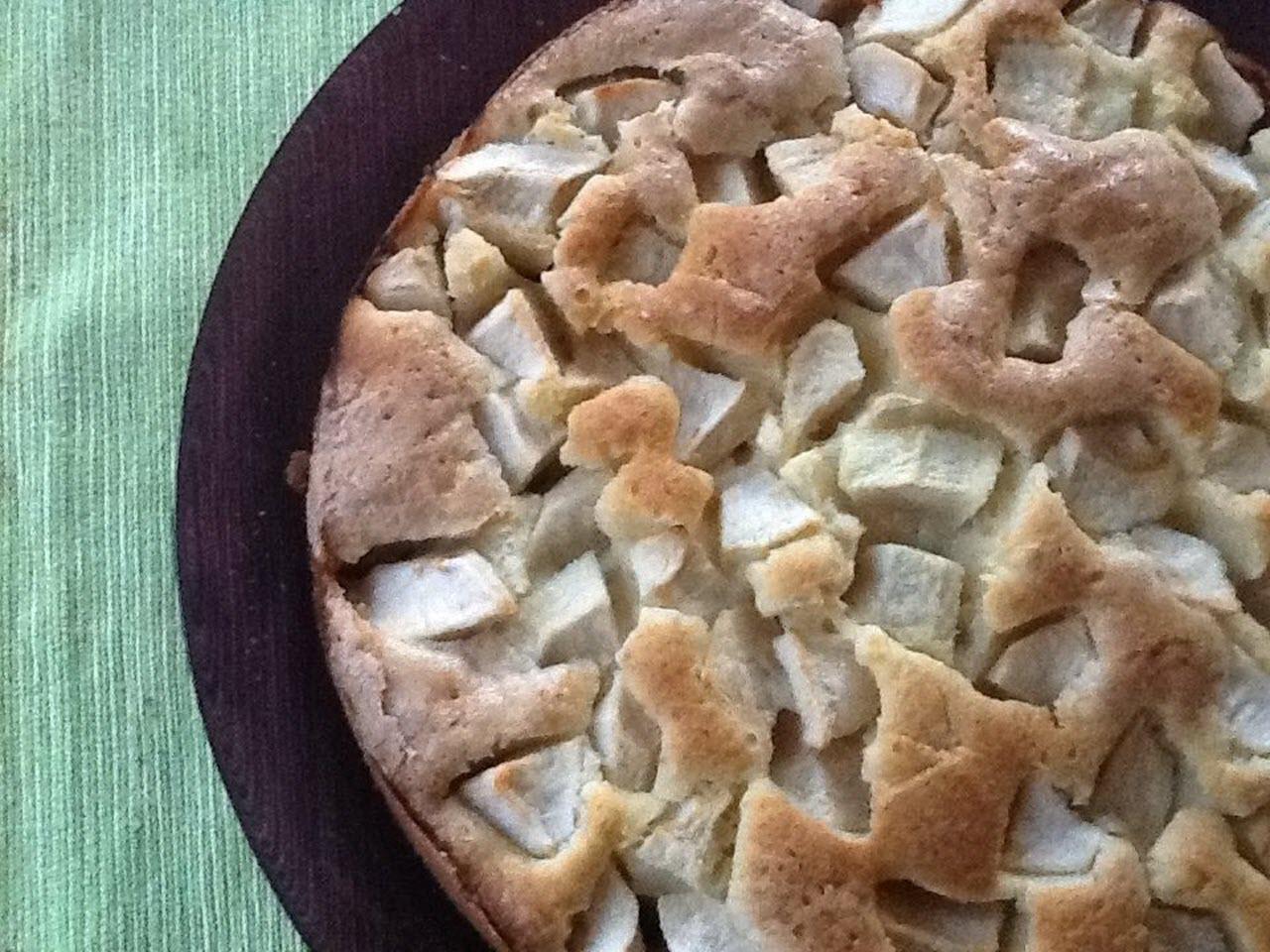 Torta di Mele (Italian Apple Cake)