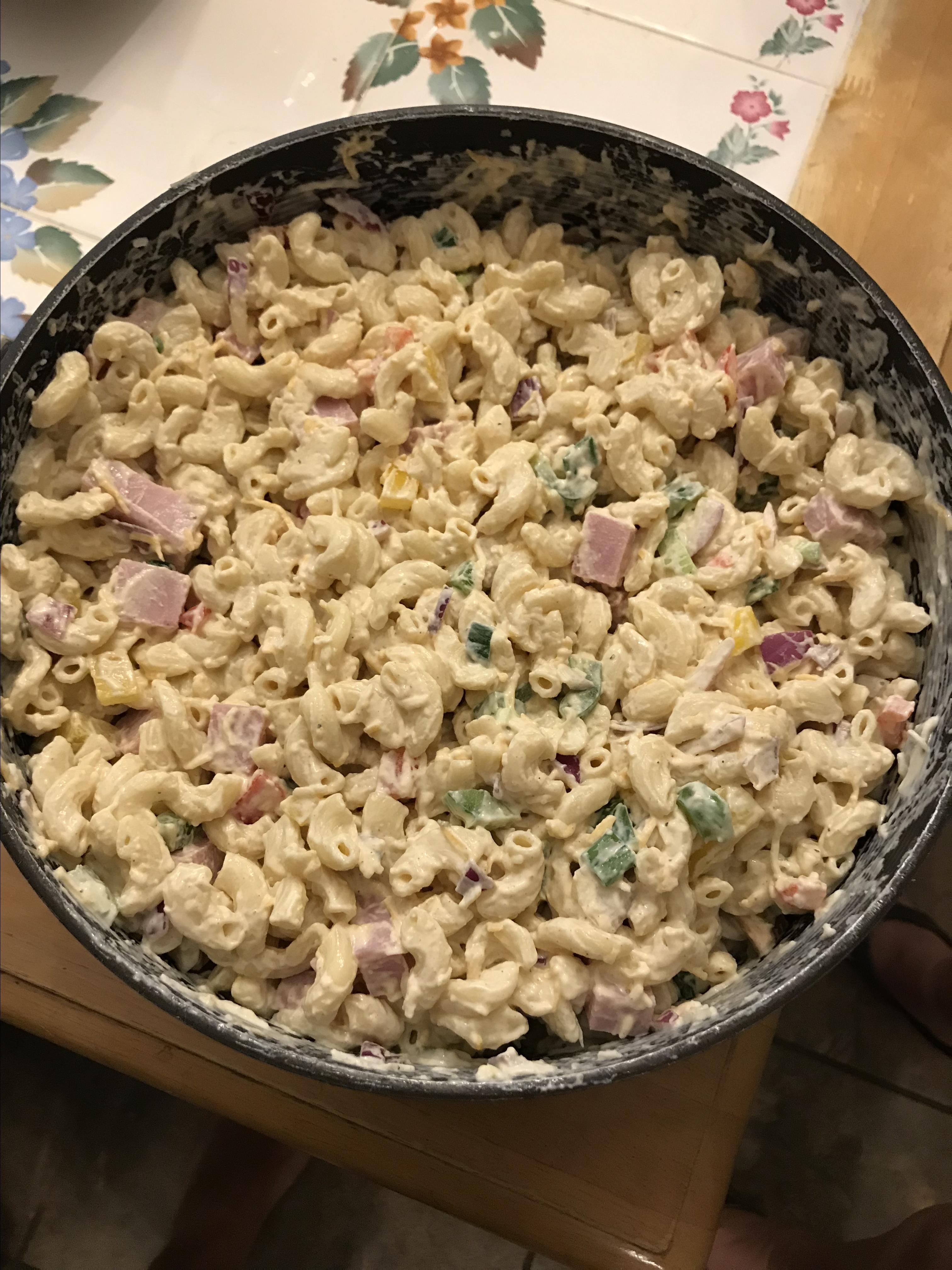 Creamy Macaroni Salad Scott and Leslie