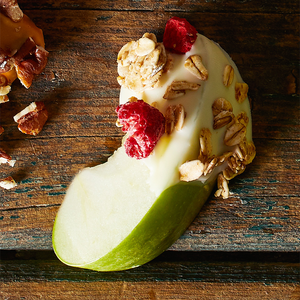 White Chocolate-Granola Apple Dippers Diabetic Living Magazine