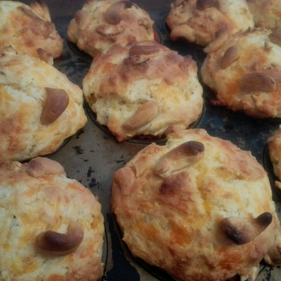Cheddar Cheese Muffins Poe Limkul
