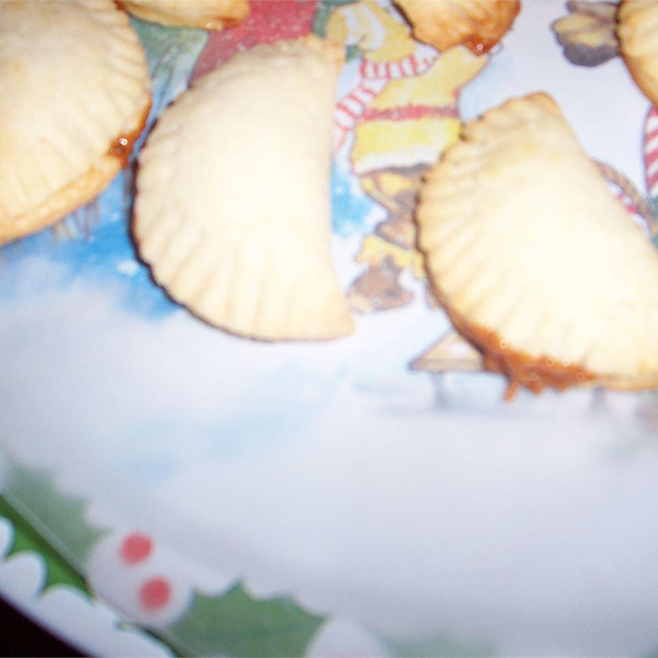 Pasteles - Argentinean Caramel Filled Crescents gretchen