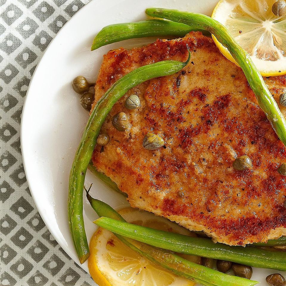 Lightly breaded chicken and green beans are flavored with a scrumptious lemon-caper sauce in this quick 20-minute main dish recipe. Source: Diabetic Living Magazine