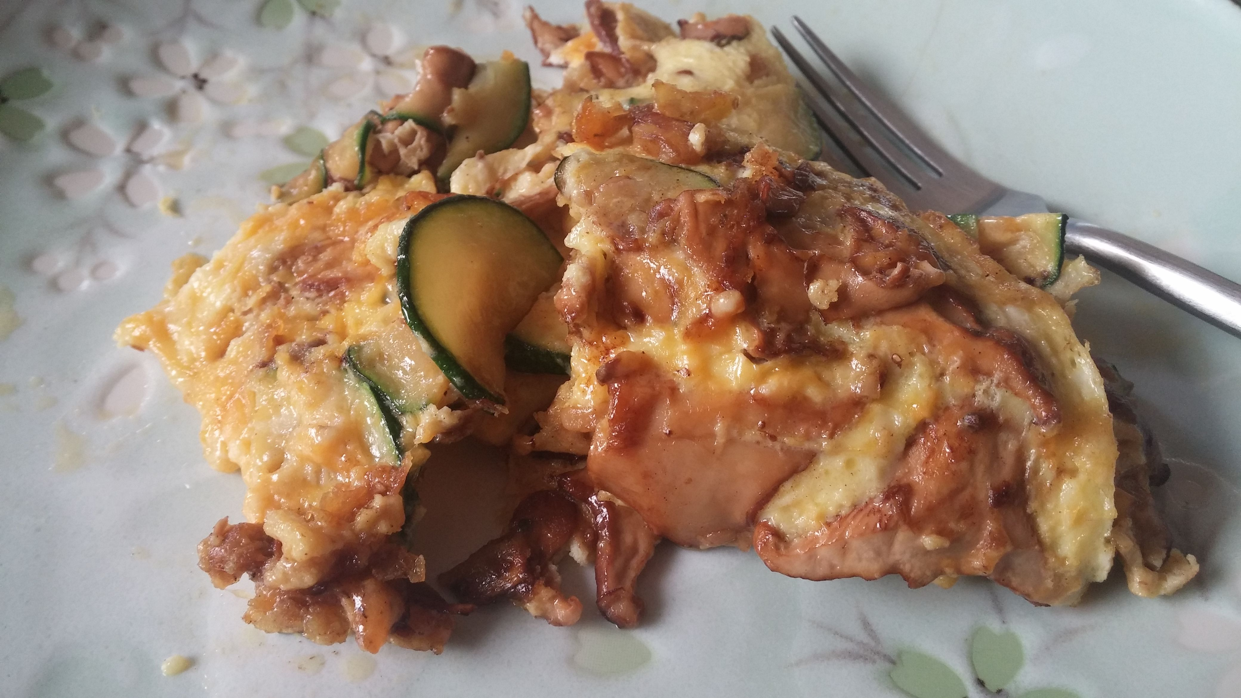 Keto Omelet with Zucchini and Chanterelle Mushrooms