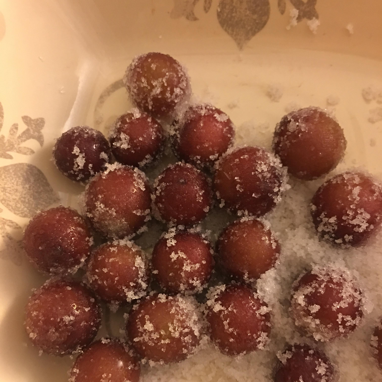 Spa ctacular Frozen Grapes