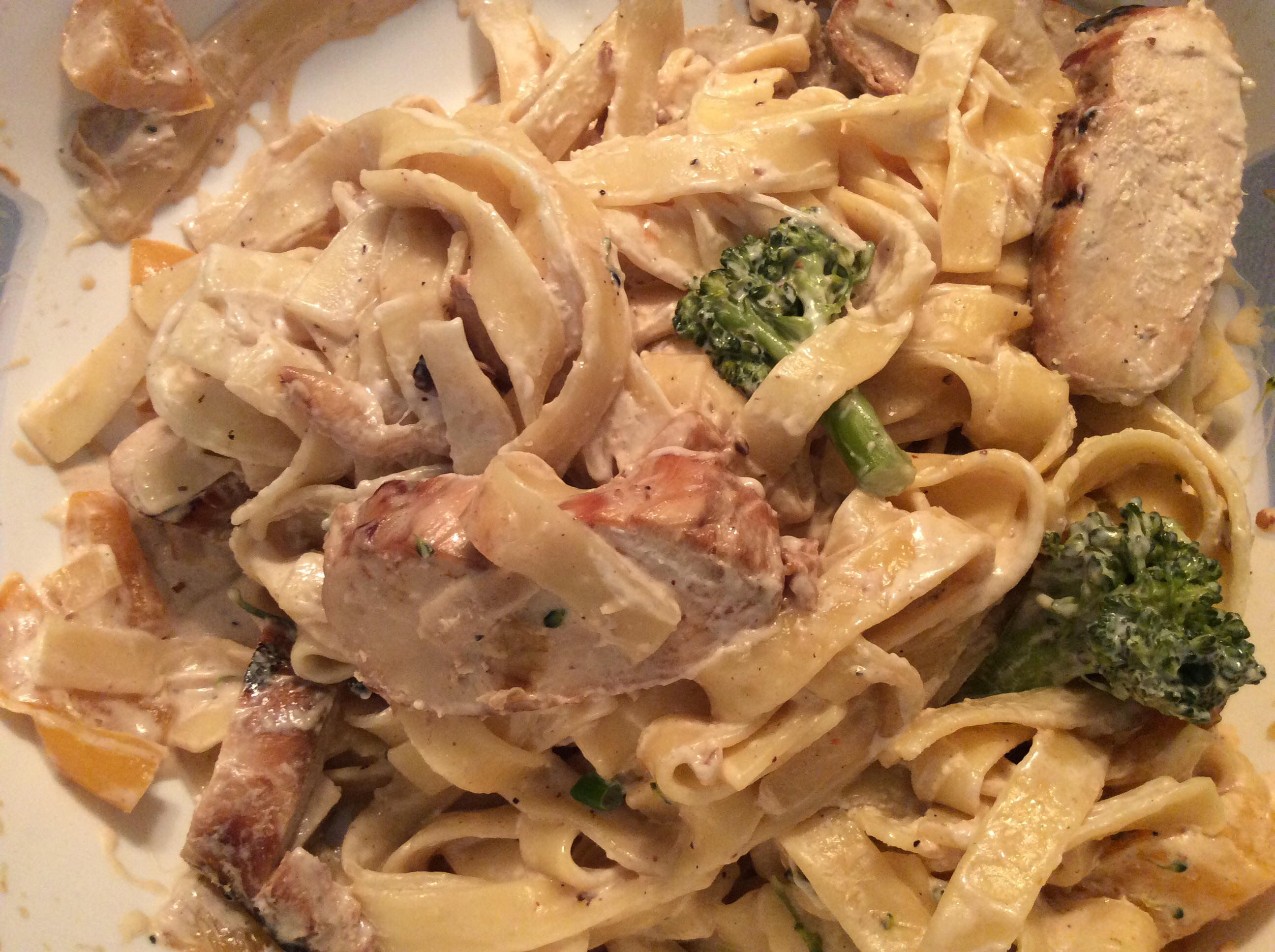 Herbed Chicken and Fettuccini janmac