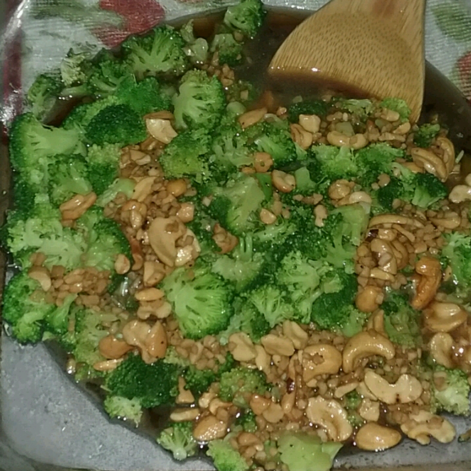 Broccoli with Garlic Butter and Cashews Heidi Lyn Webster