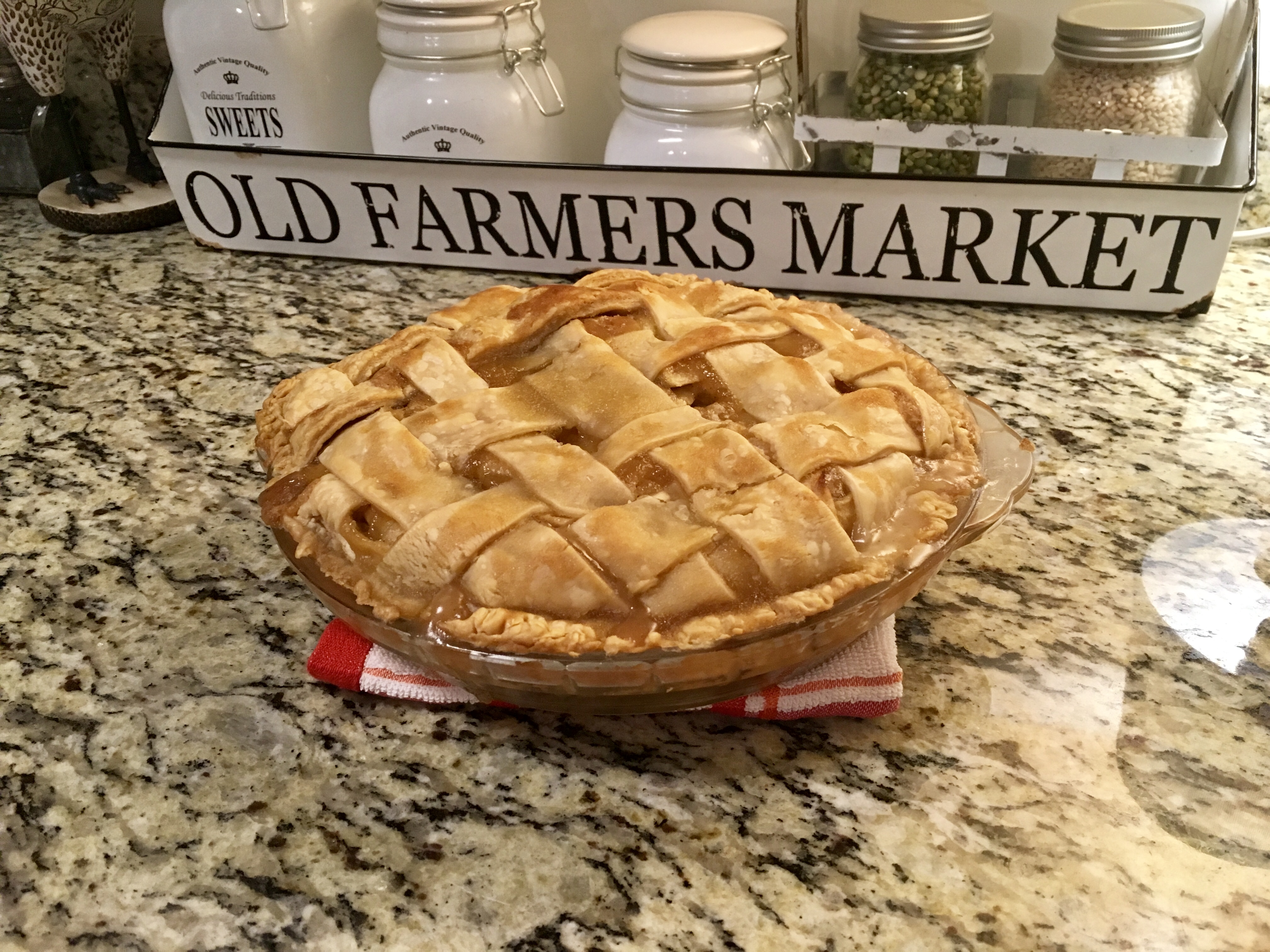 Apple Pie by Grandma Ople lovetobake