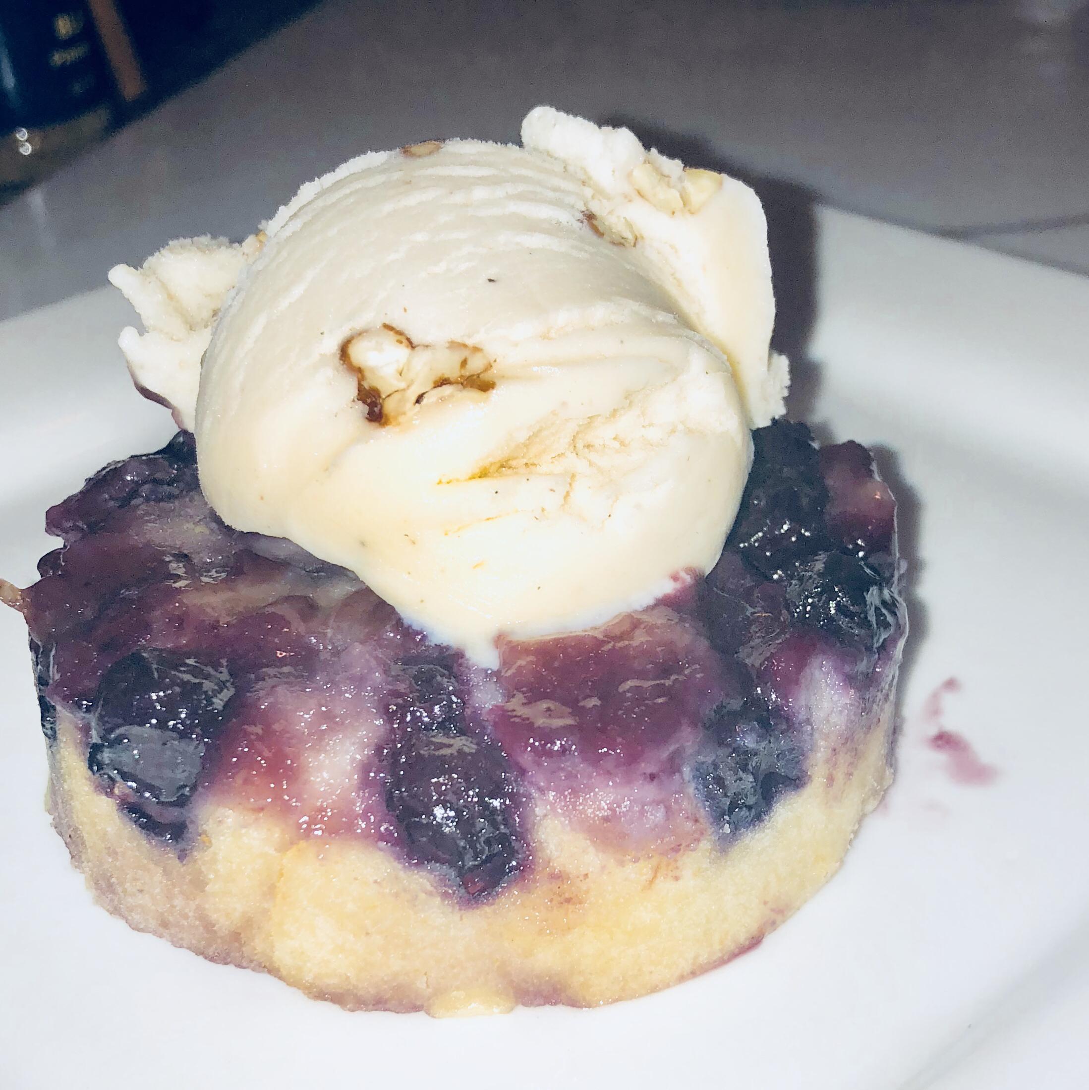 Blueberry Upside-Down Mini Cakes Ryanthelion1856
