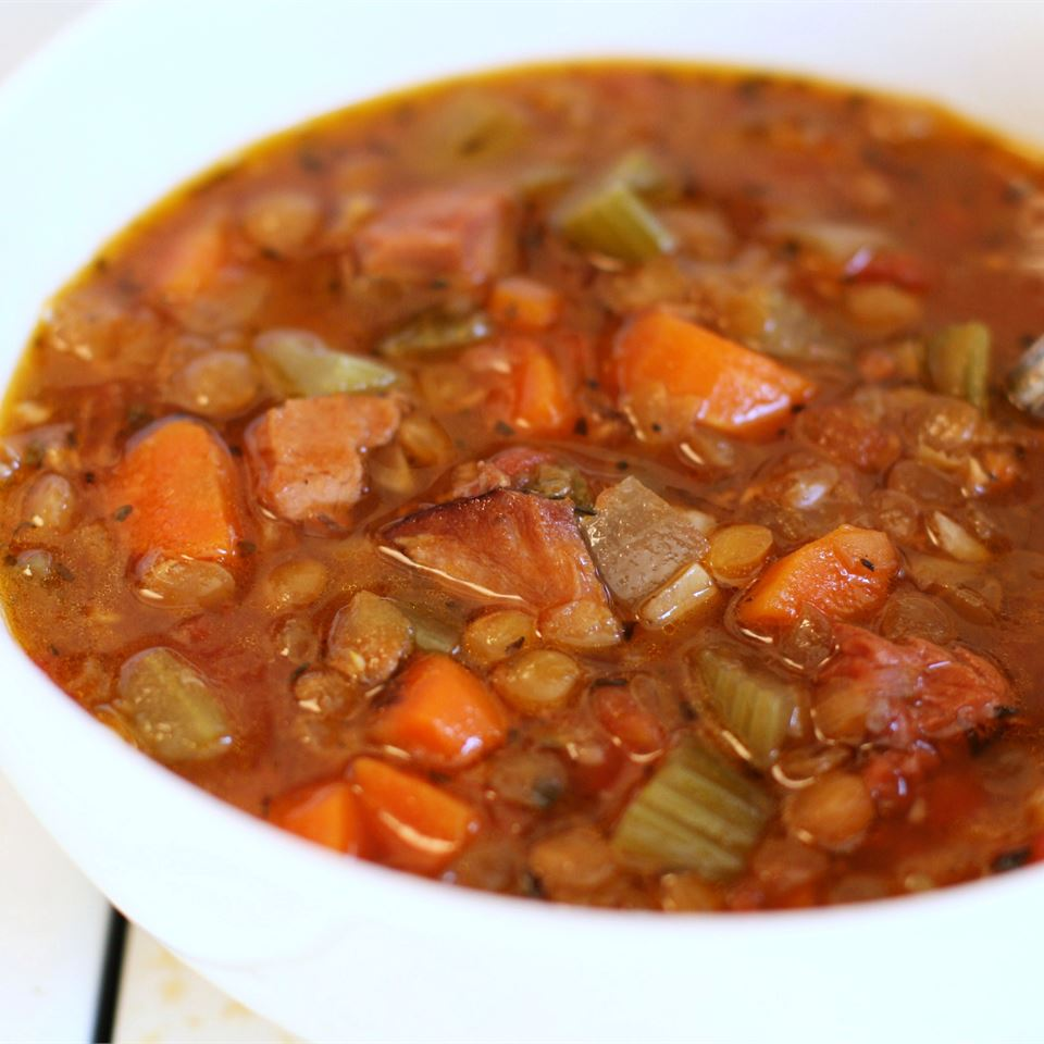 Slow Cooker Lentil and Ham Soup