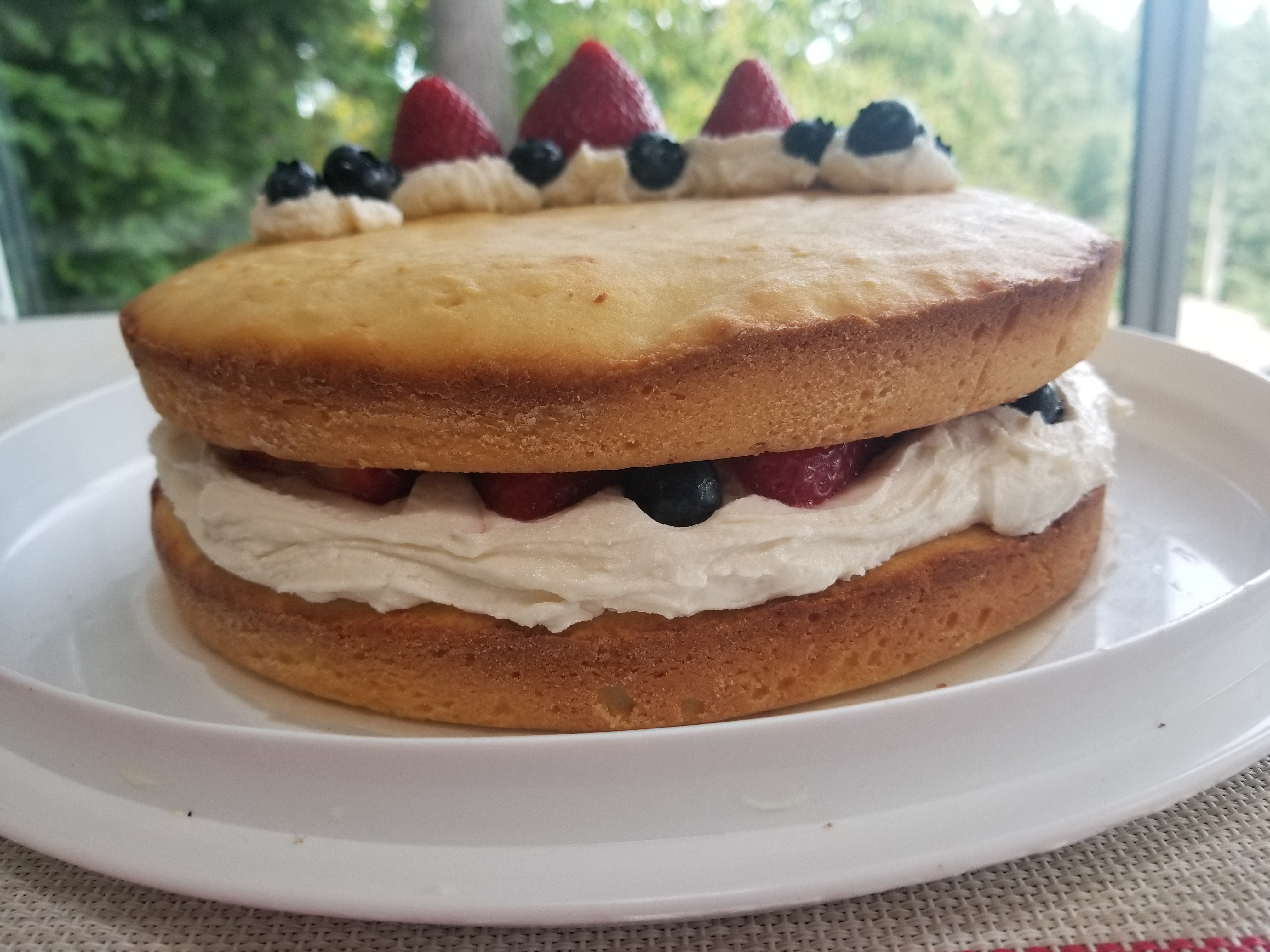 Deliciously Refreshing Naked Layer Cake evascooking