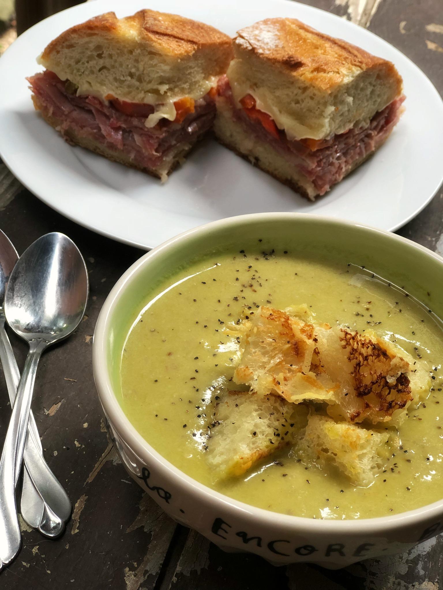 Instant Pot® Cream of Asparagus Soup