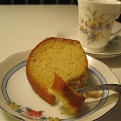 Nutmeg Feather Cake
