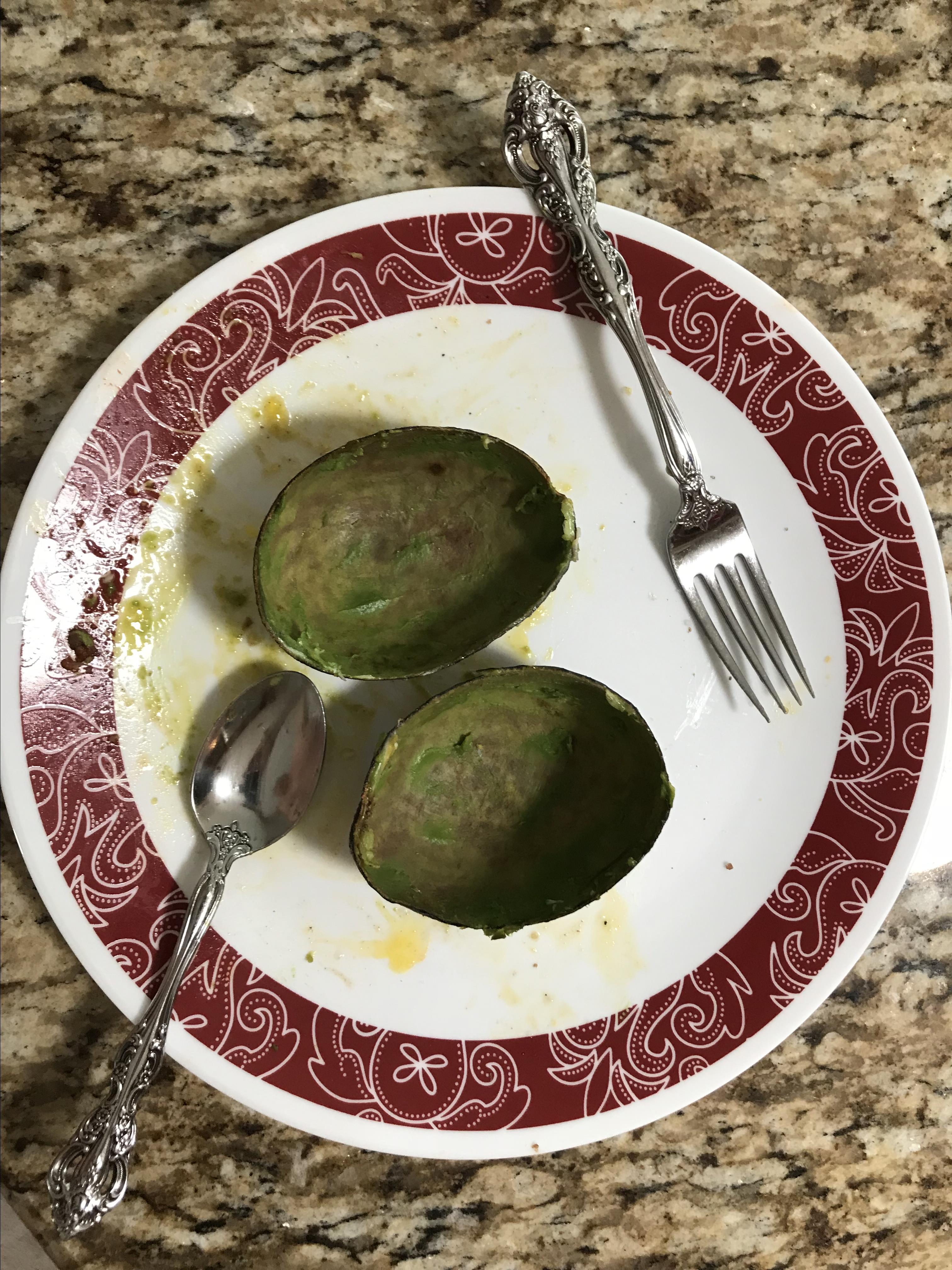 Paleo Baked Eggs in Avocado