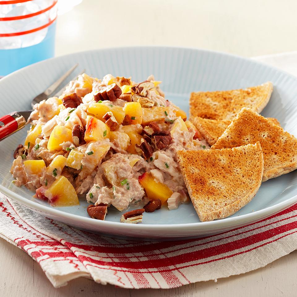 Tuna-Nectarine Salad with Bread Toasts Diabetic Living Magazine