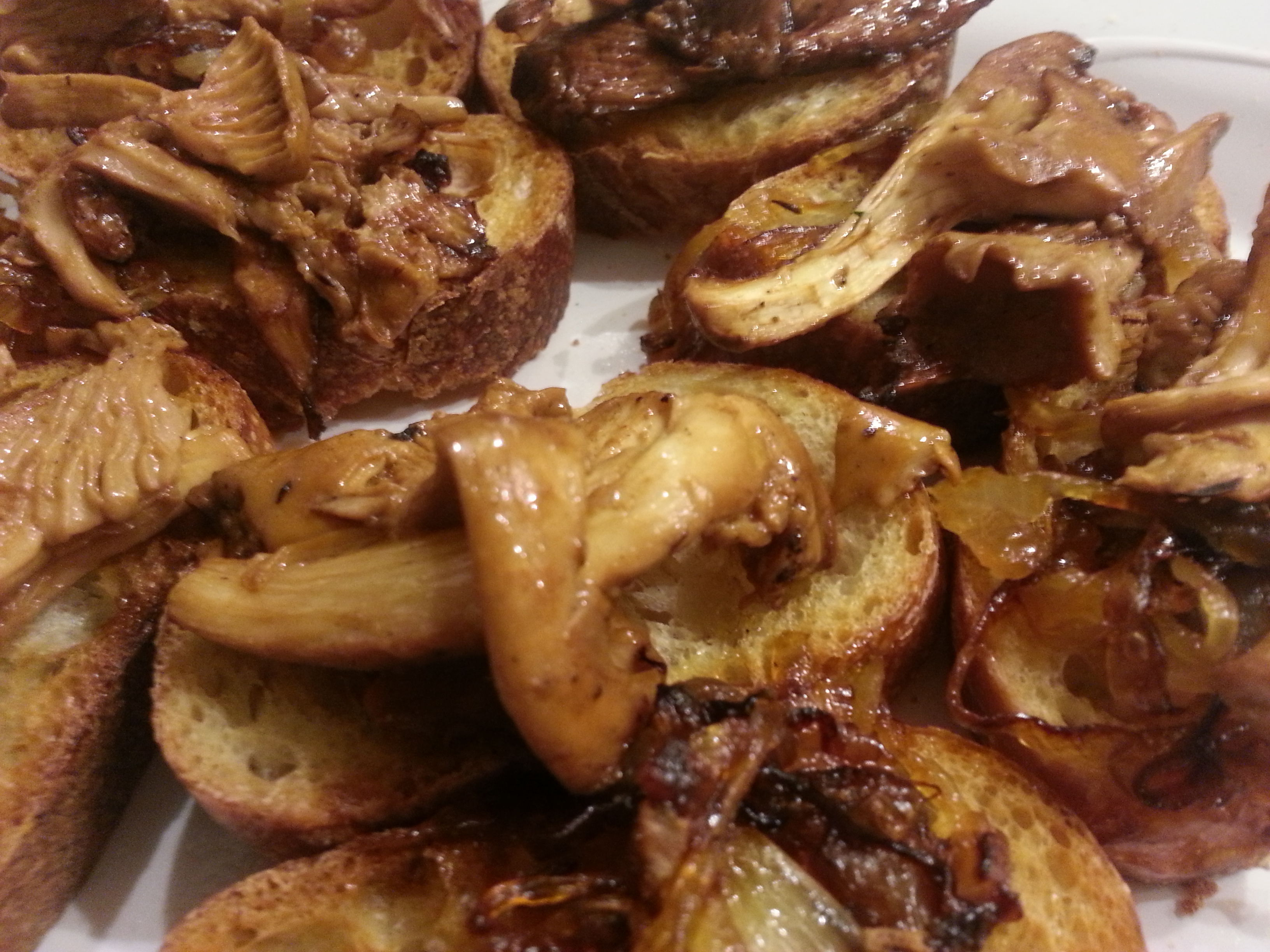 Chanterelle and Caramelized Onion Bruschetta