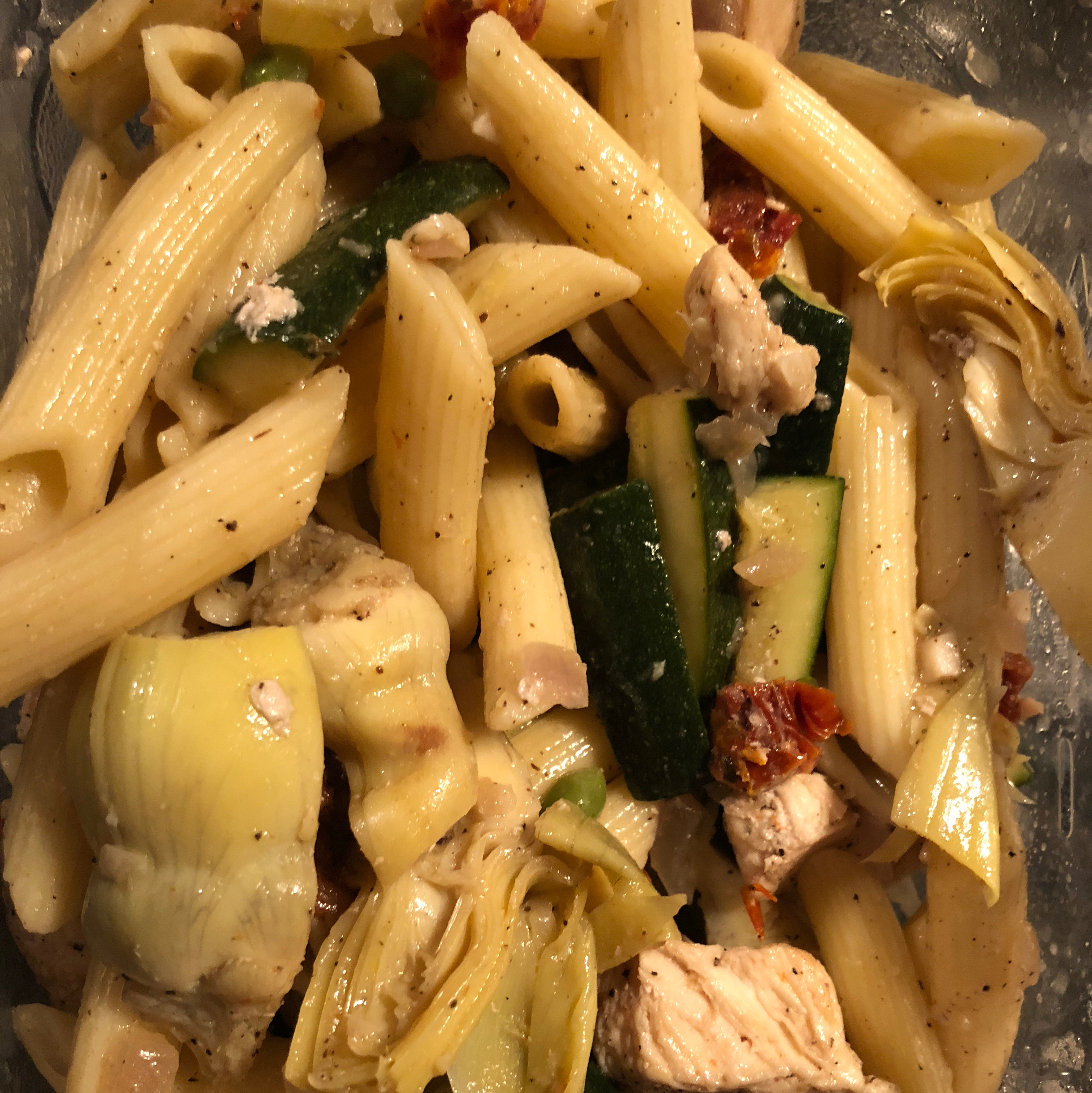Chicken Penne with Asparagus, Sun-dried Tomatoes, and Artichoke Hearts meg
