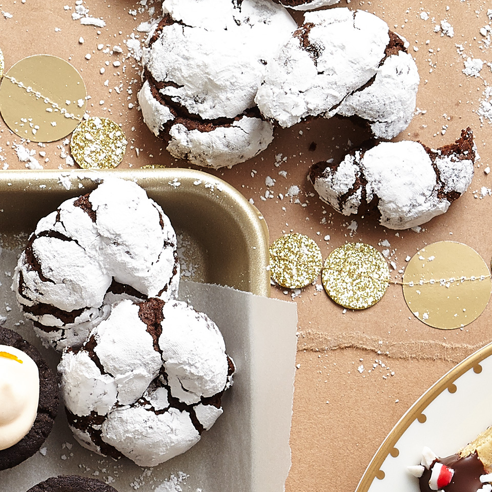 No need to avoid the dessert table when you bring these lightened-up cookies to the party. These chocolate goodies are rolled in powdered sugar before baking and the end result is as tasty as it is beautiful. Source: Diabetic Living Magazine