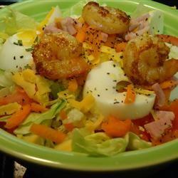 Shrimp Garden Salad hungryallweighs