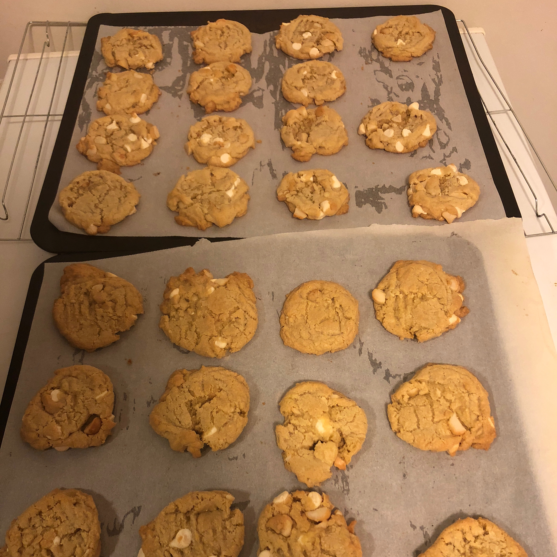 White Chocolate Macadamia Nut Cookies III soulreal42